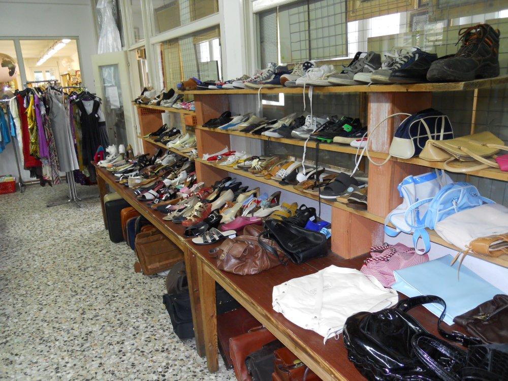 scarpe-stivali-sandaliborse-by-Mercatino-la-Pulce-Cocquio